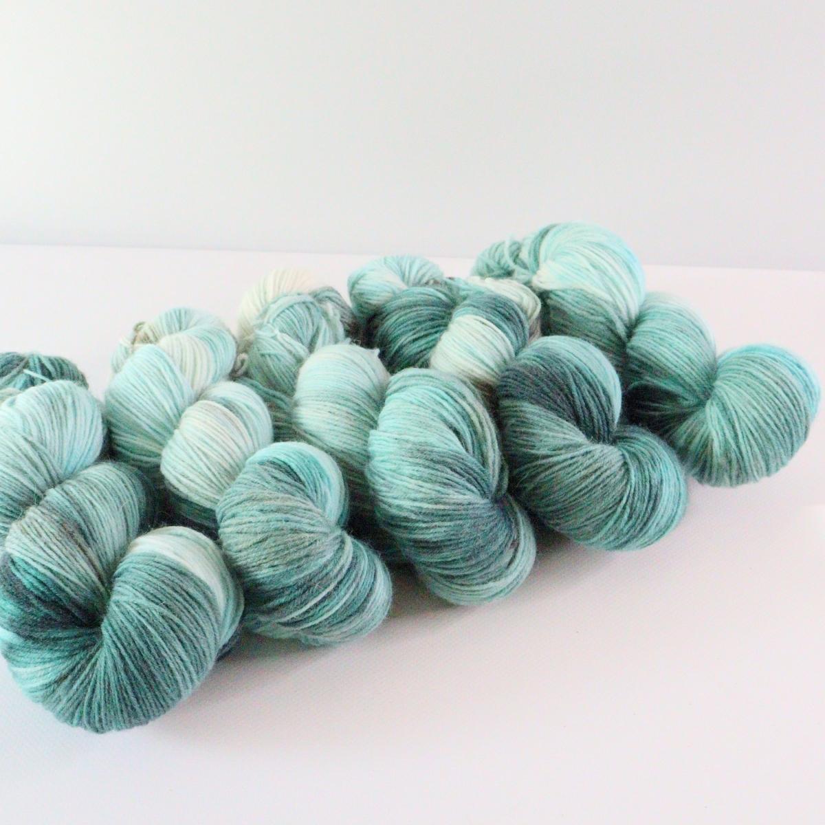 woodico.pro hand dyed yarn 074 1200x1200 - Hand dyed yarn / 074