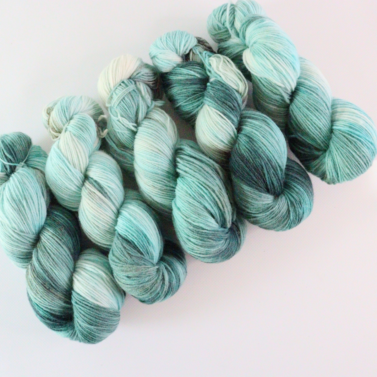 woodico.pro hand dyed yarn 074 3 1200x1200 - Hand dyed yarn / 074