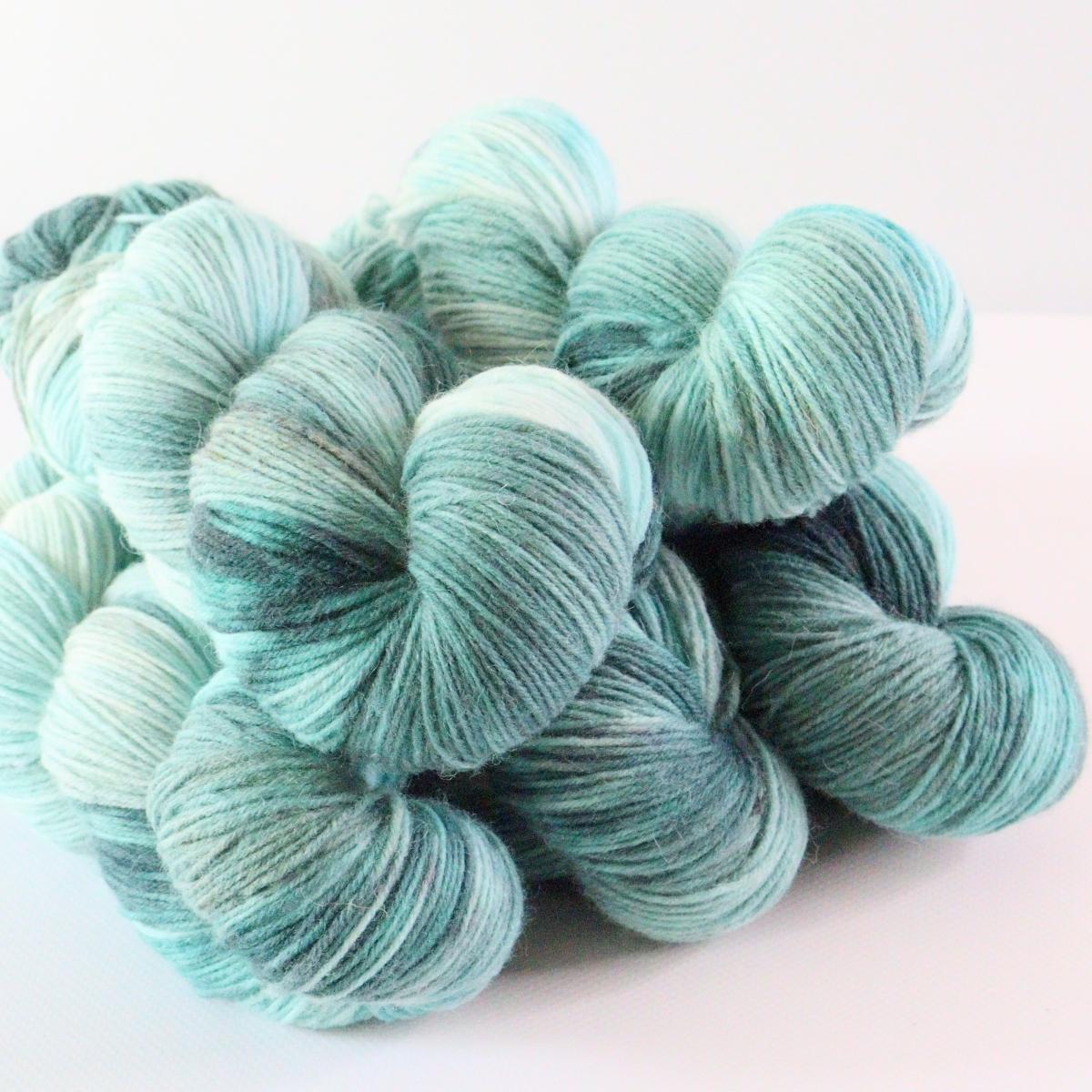 woodico.pro hand dyed yarn 074 5 1200x1200 - Hand dyed yarn / 074