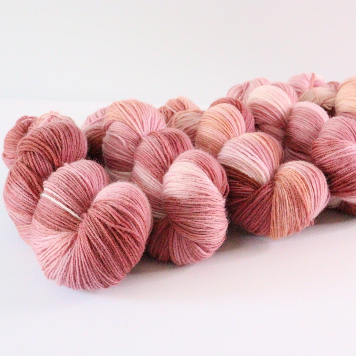 woodico.pro hand dyed yarn 075 1 1200x1200 - Hand dyed yarn / 075
