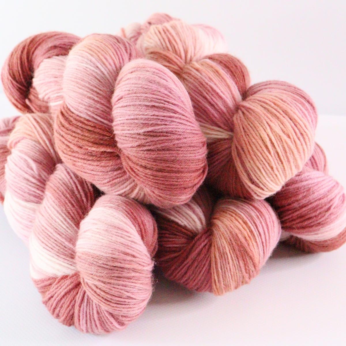 woodico.pro hand dyed yarn 075 1200x1200 - Hand dyed yarn / 075