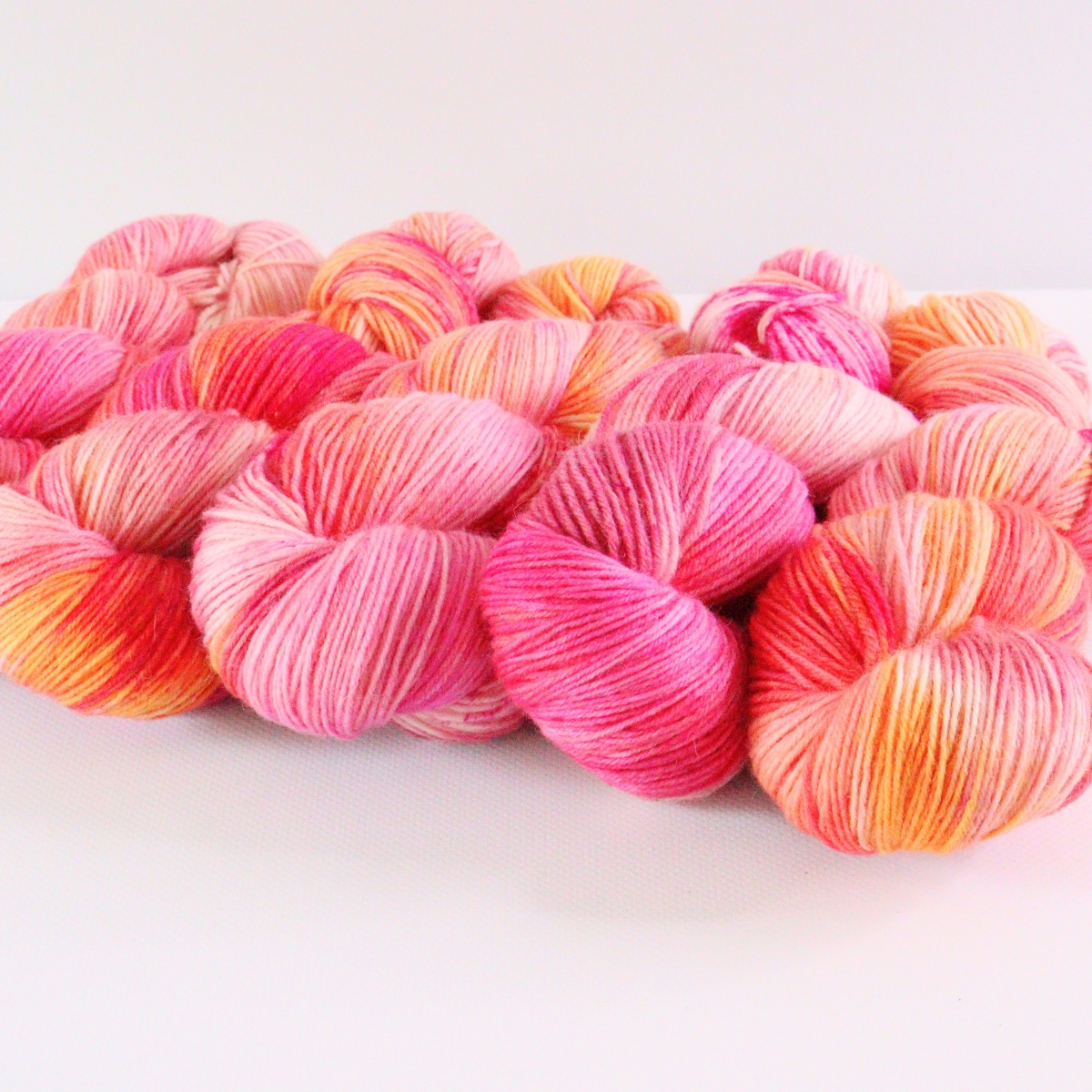 woodico.pro hand dyed yarn 076 5 1200x1200 - Hand dyed yarn / 076