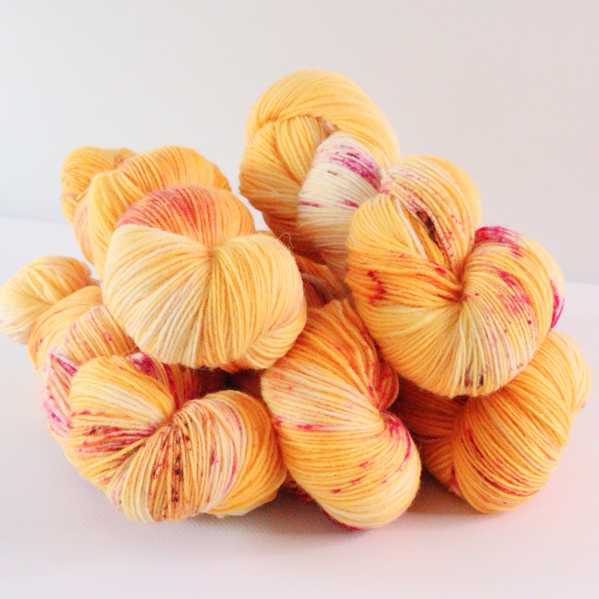 woodico.pro hand dyed yarn 077 1 1200x1200 - Hand dyed yarn / 077