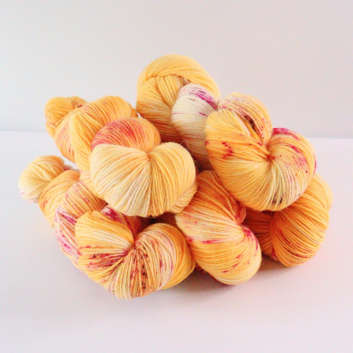 woodico.pro hand dyed yarn 077 1200x1200 - Hand dyed yarn / 077
