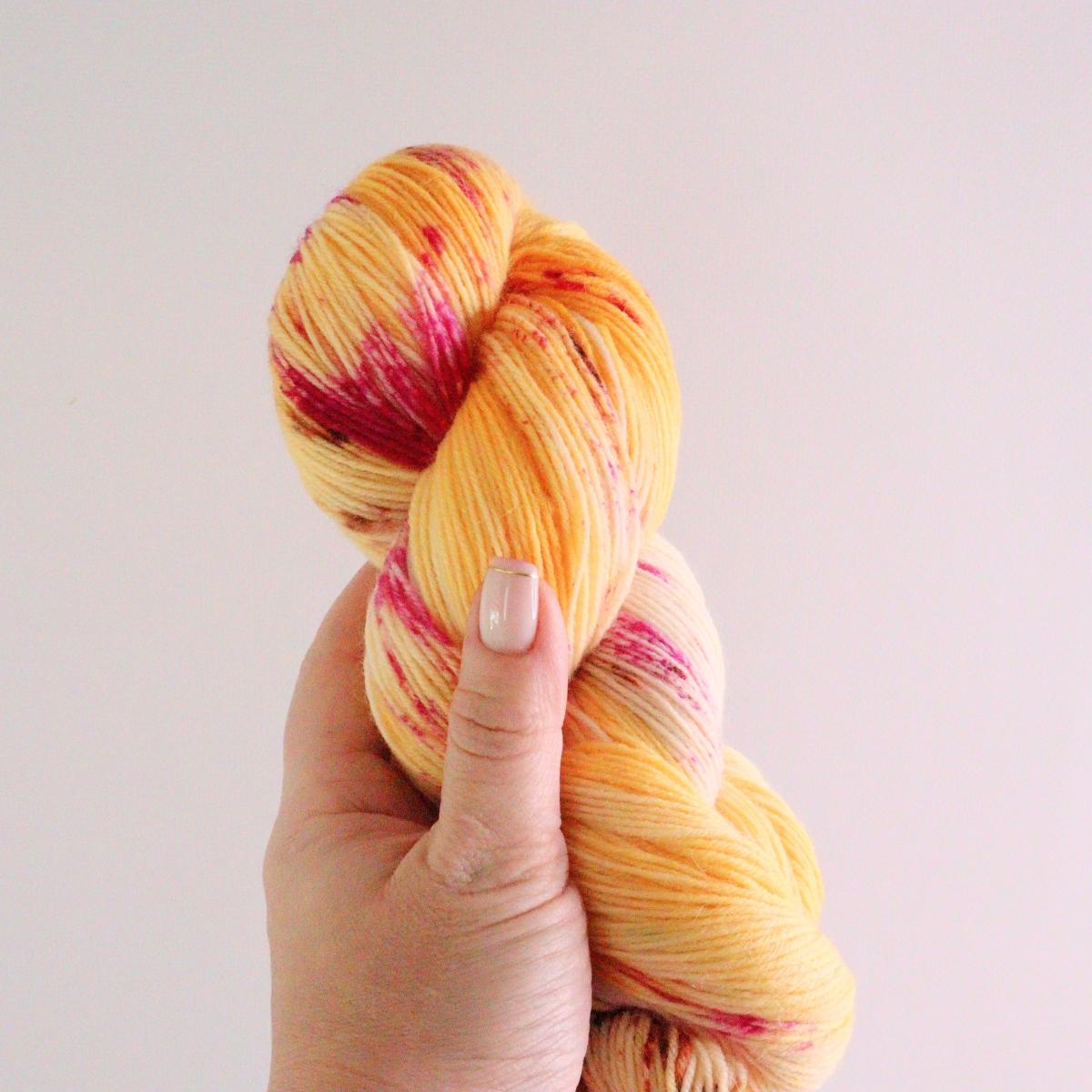 woodico.pro hand dyed yarn 077 2 1200x1200 - Hand dyed yarn / 077