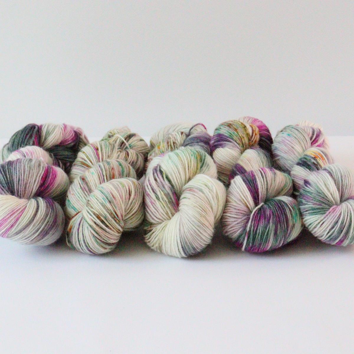 woodico.pro hand dyed yarn 079 1 1200x1200 - Hand dyed yarn / 079