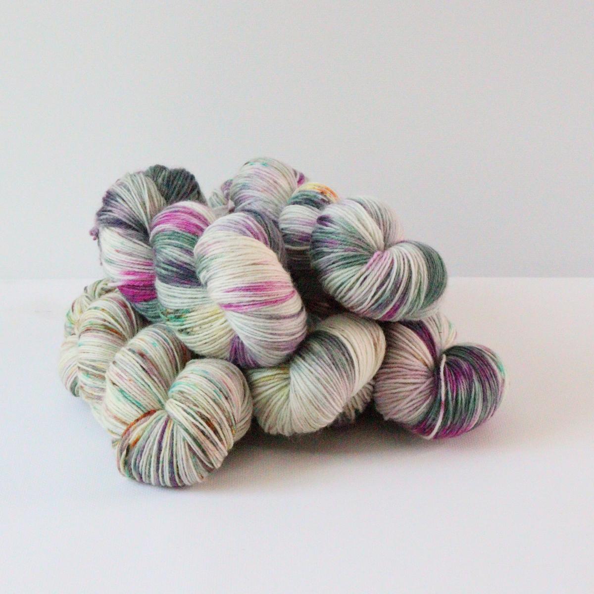 woodico.pro hand dyed yarn 079 1200x1200 - Hand dyed yarn / 079