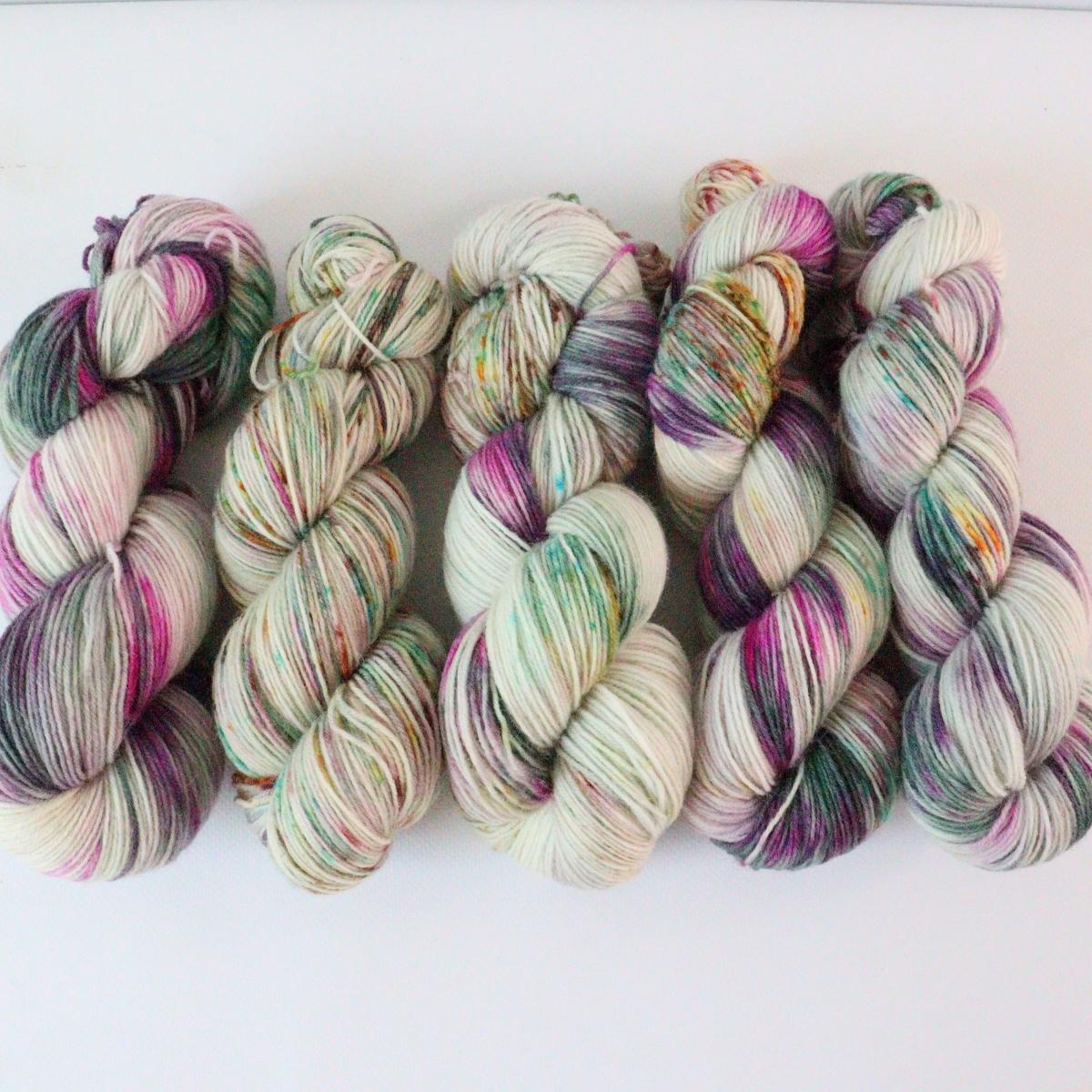 woodico.pro hand dyed yarn 079 2 1200x1200 - Hand dyed yarn / 079