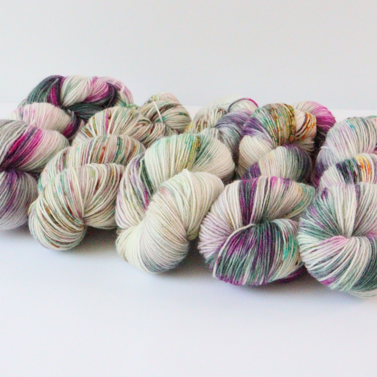 woodico.pro hand dyed yarn 079 4 1200x1200 - Hand dyed yarn / 079