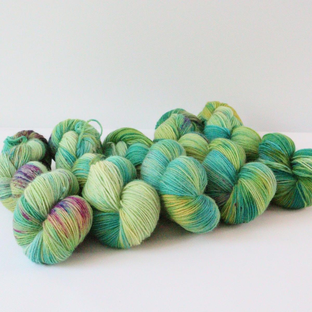 woodico.pro hand dyed yarn 080 1 1200x1200 - Hand dyed yarn / 080