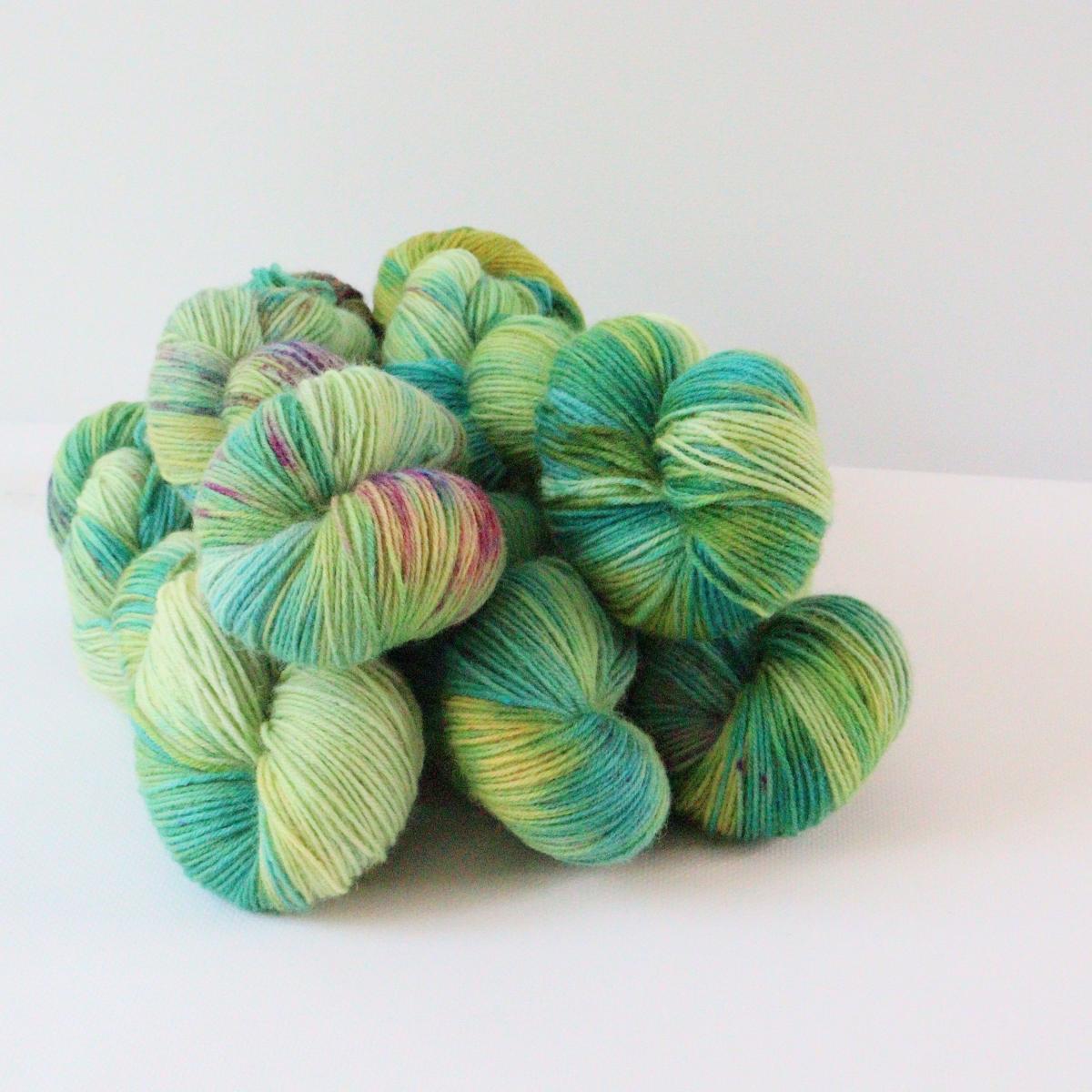 woodico.pro hand dyed yarn 080 1200x1200 - Hand dyed yarn / 080