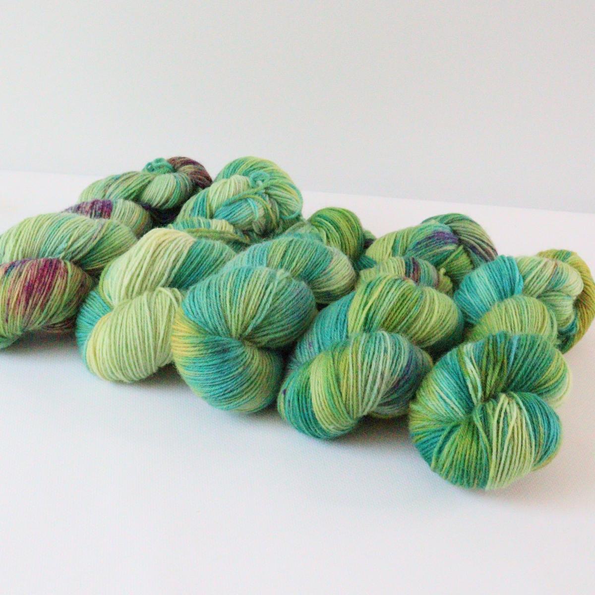woodico.pro hand dyed yarn 080 4 1200x1200 - Hand dyed yarn / 080