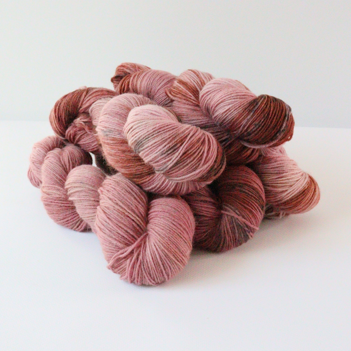woodico.pro hand dyed yarn 082 1 1200x1200 - Hand dyed yarn / 082
