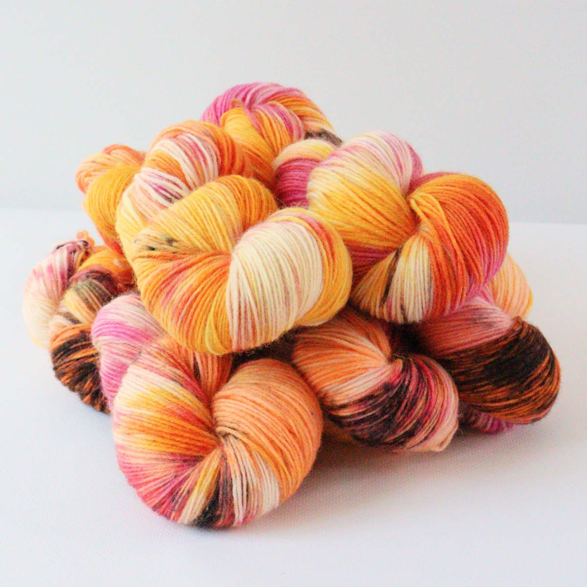 woodico.pro hand dyed yarn 083 1 1200x1200 - Hand dyed yarn / 083