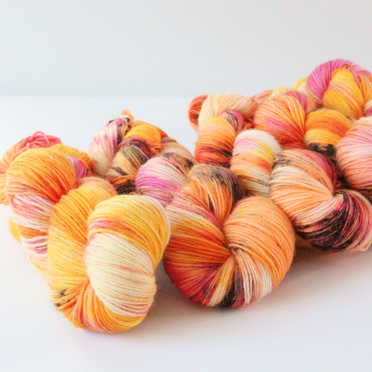 woodico.pro hand dyed yarn 083 2 1200x1200 - Hand dyed yarn / 083