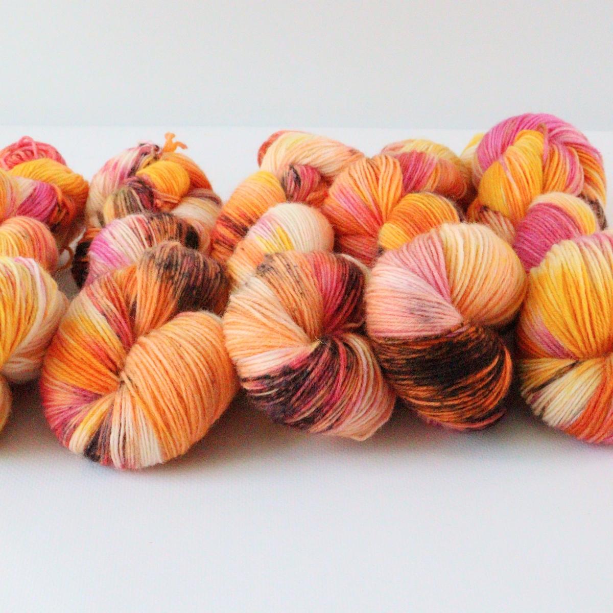 woodico.pro hand dyed yarn 083 3 1200x1200 - Hand dyed yarn / 083