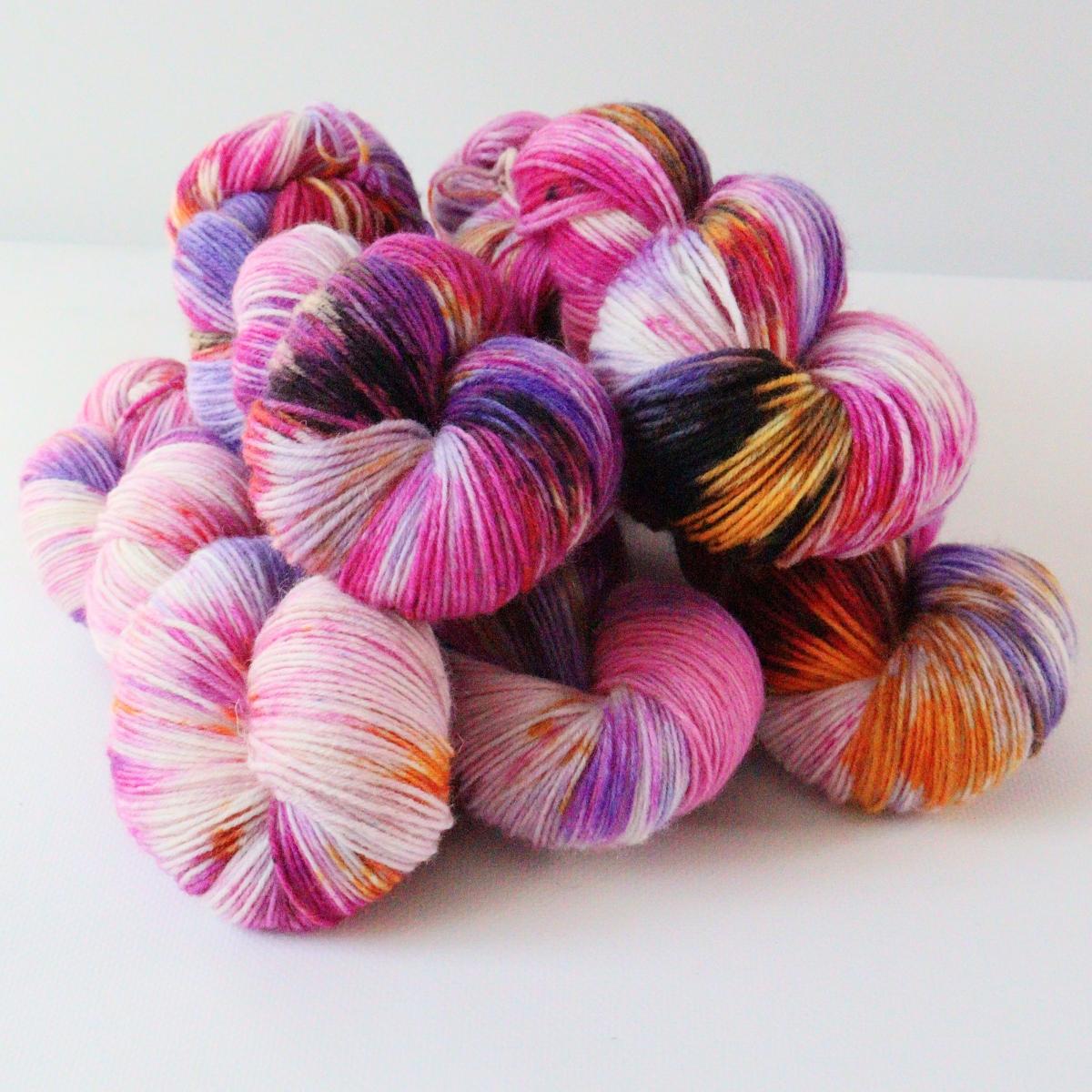 woodico.pro hand dyed yarn 084 1 1200x1200 - Hand dyed yarn / 084