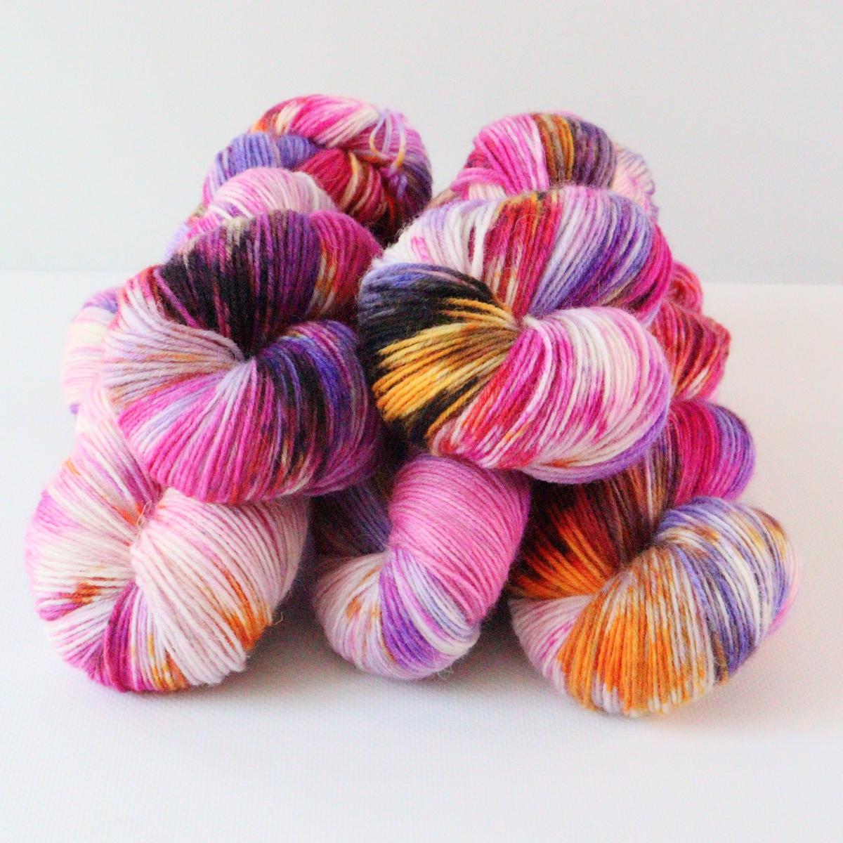 woodico.pro hand dyed yarn 084 1200x1200 - Hand dyed yarn / 084