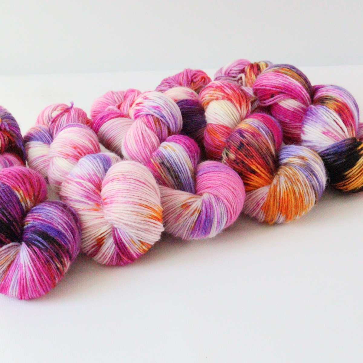 woodico.pro hand dyed yarn 084 2 1200x1200 - Hand dyed yarn / 084