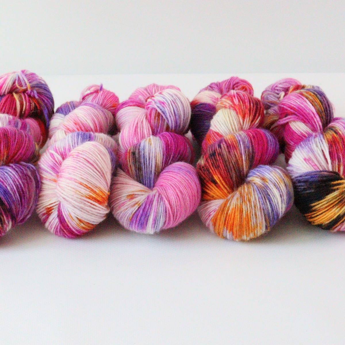 woodico.pro hand dyed yarn 084 3 1200x1200 - Hand dyed yarn / 084