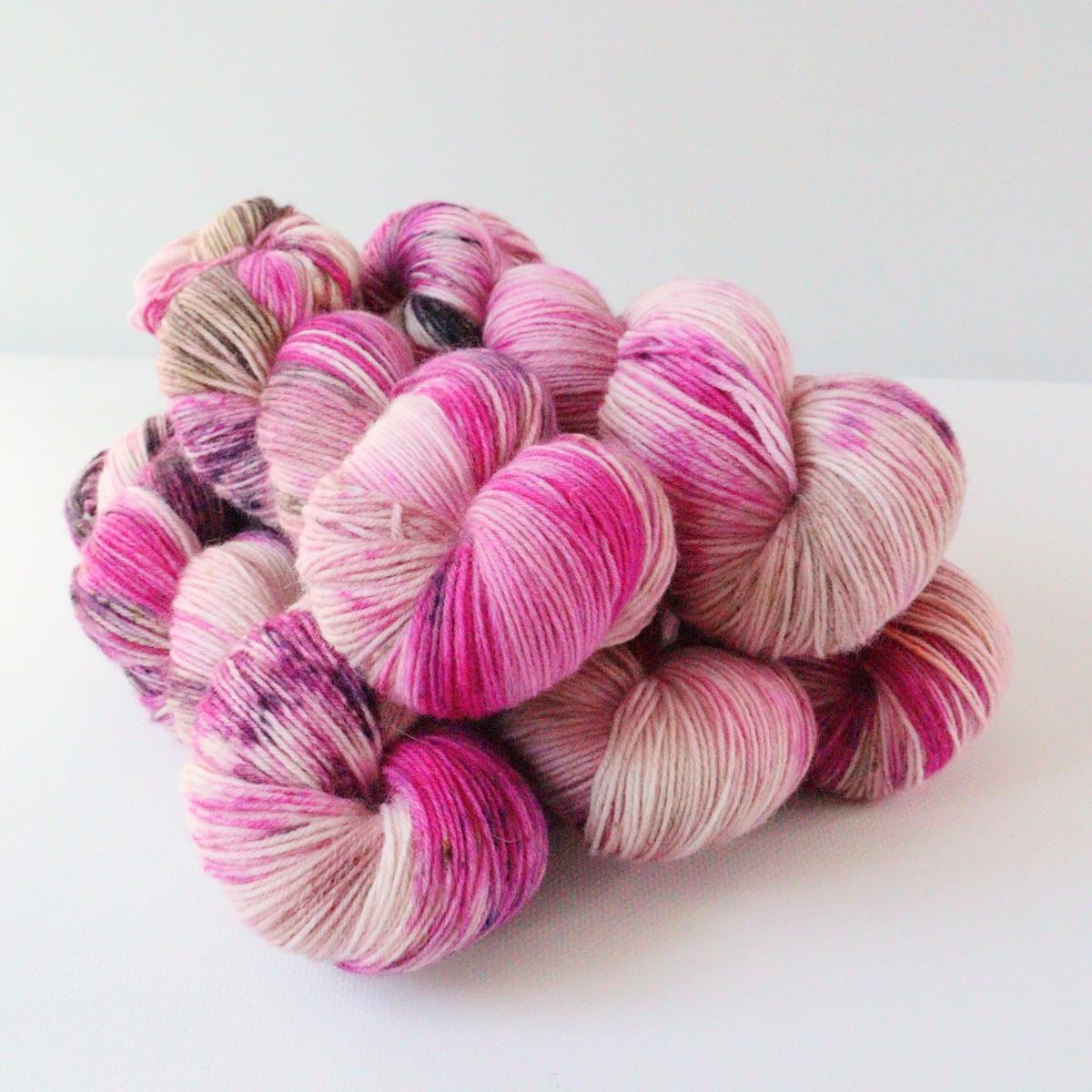 woodico.pro hand dyed yarn 086 1 1200x1200 - Hand dyed yarn / 086