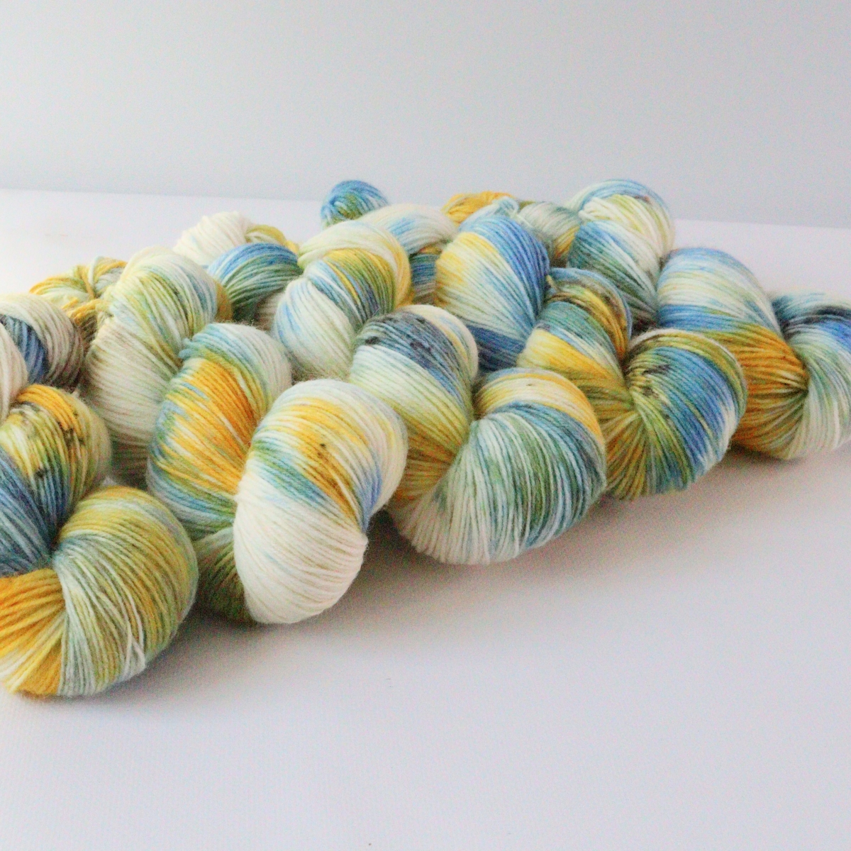 woodico.pro hand dyed yarn 087 3 1200x1200 - Hand dyed yarn / 087