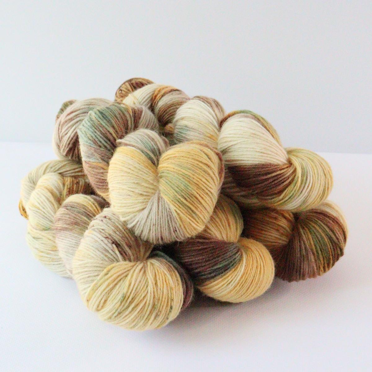 woodico.pro hand dyed yarn 088 1 1200x1200 - Hand dyed yarn / 088