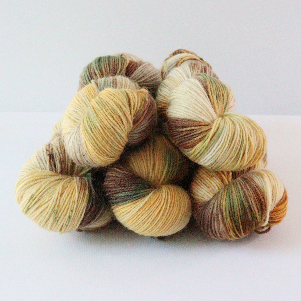 woodico.pro hand dyed yarn 088 1200x1200 - Hand dyed yarn / 088