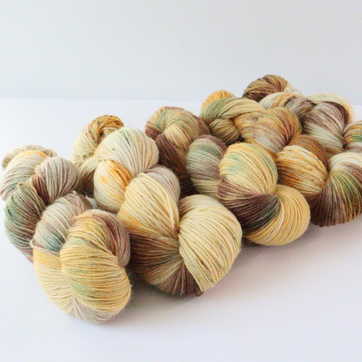 woodico.pro hand dyed yarn 088 2 1200x1200 - Hand dyed yarn / 088