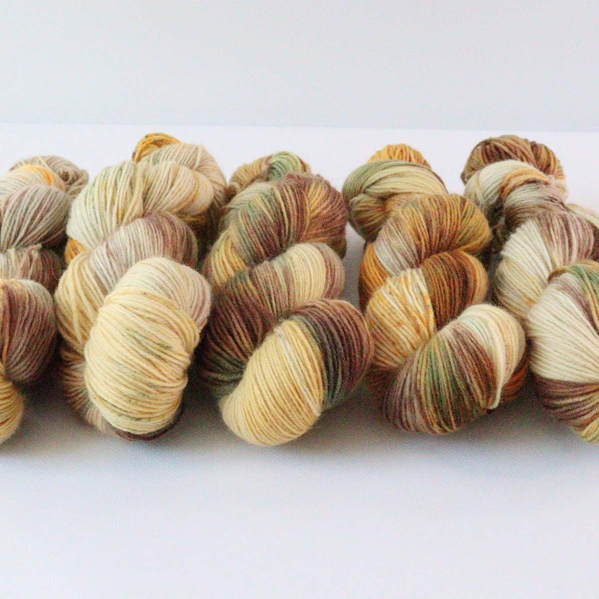 woodico.pro hand dyed yarn 088 3 1200x1200 - Hand dyed yarn / 088