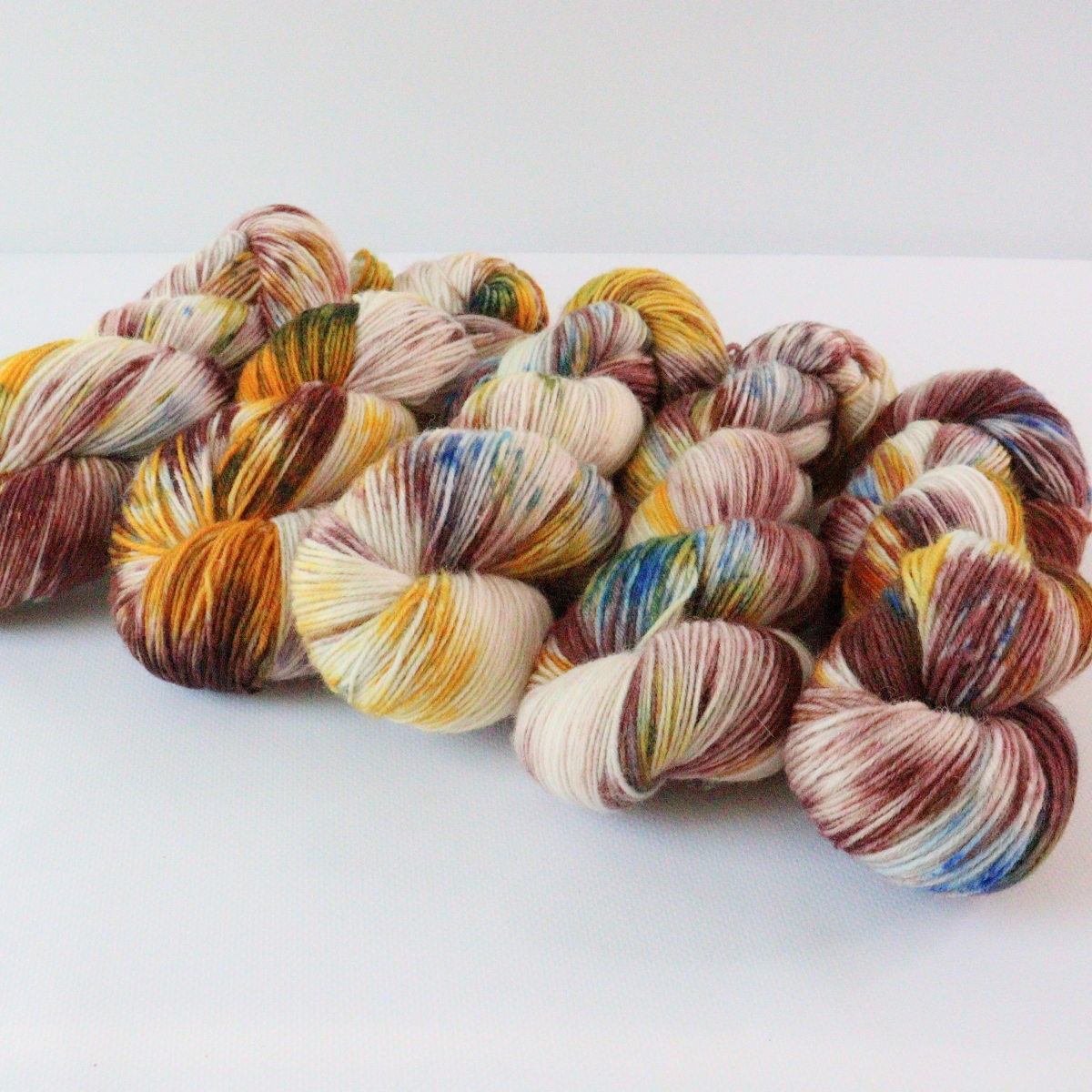 woodico.pro hand dyed yarn 089 4 1200x1200 - Hand dyed yarn / 089